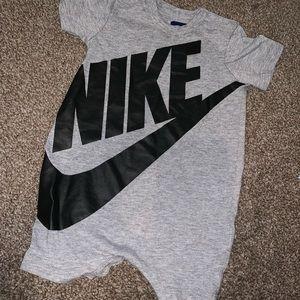 Nike baby boys romper